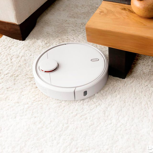 What factors to consider before buying a robot vacuum cleaner